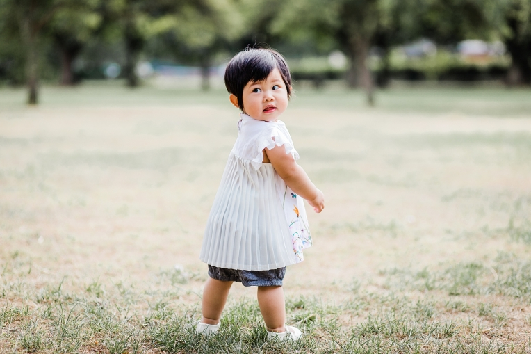 A First Birthday Baby Photography Session in Florence Park Oxford 14