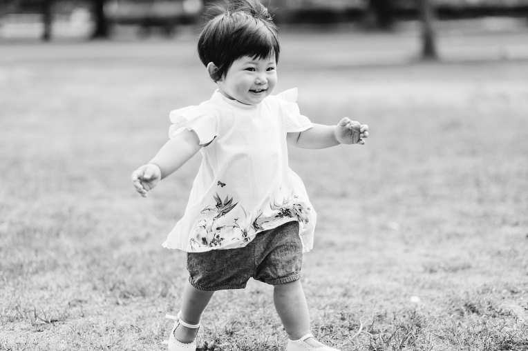 A First Birthday Baby Photography Session in Florence Park Oxford 16
