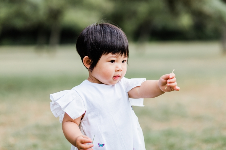A First Birthday Baby Photography Session in Florence Park Oxford 44