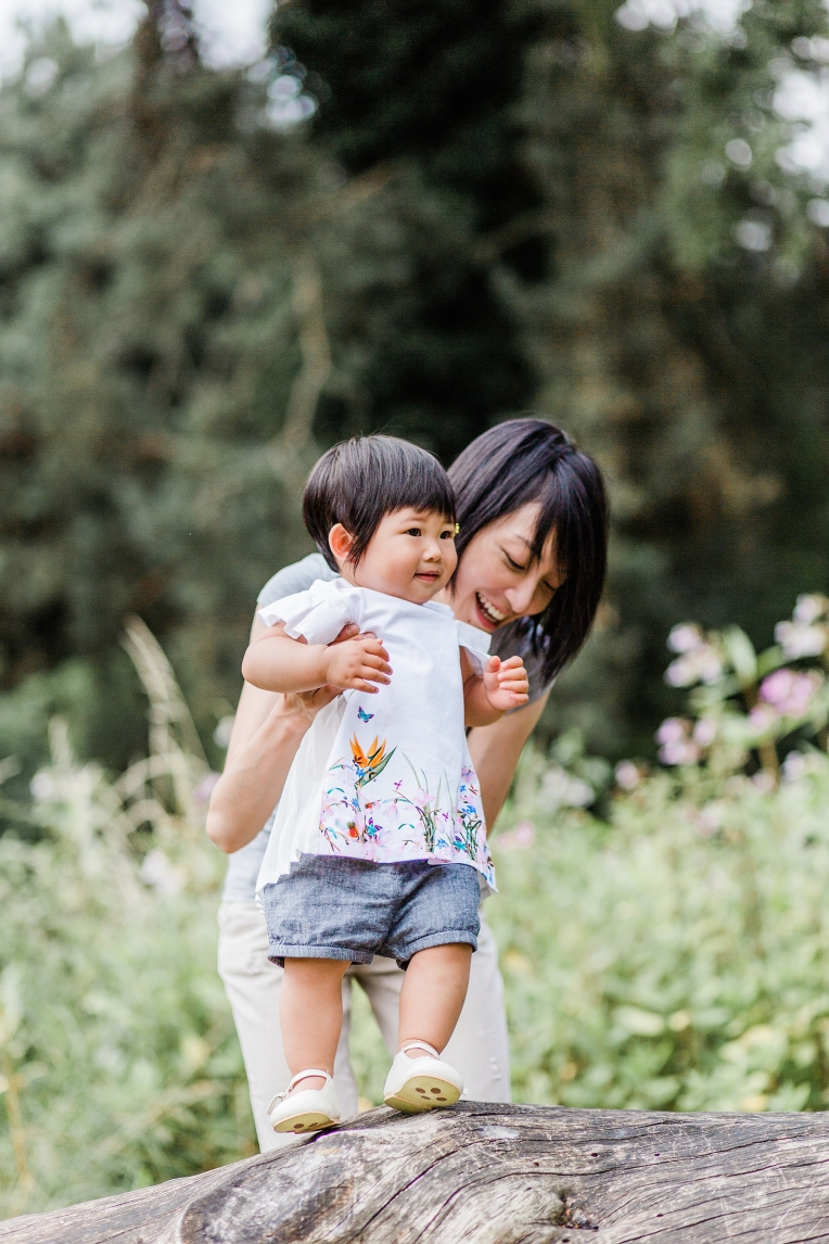 A First Birthday Baby Photography Session in Florence Park Oxford 48