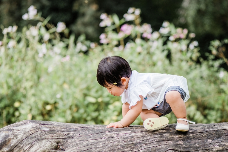 A First Birthday Baby Photography Session in Florence Park Oxford 49